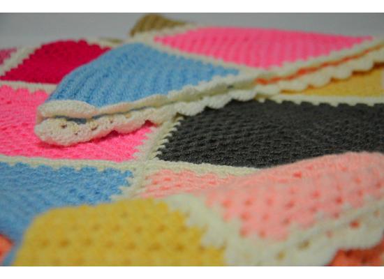 Multi color - Crocheted Blanket