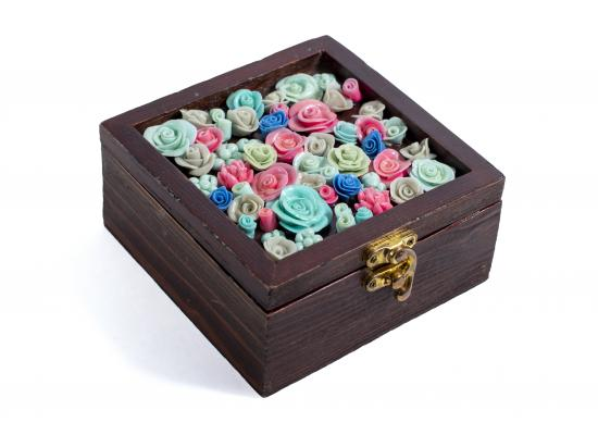 Wooden box with colored ceramic flowers | Brown color | One piece