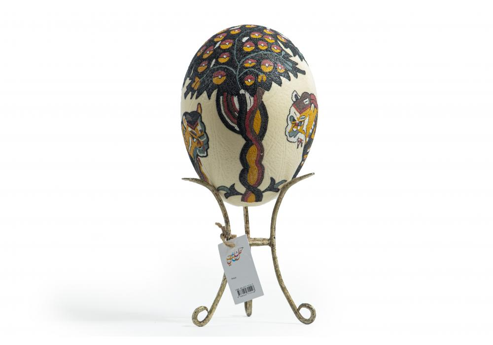 Large Ostrich Eggs With Handmade Painting   An Amazing & Elegant Piece of Art   Lions
